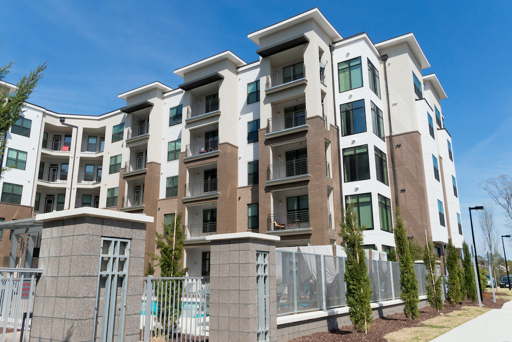 apartment building commercial roofing in dallas